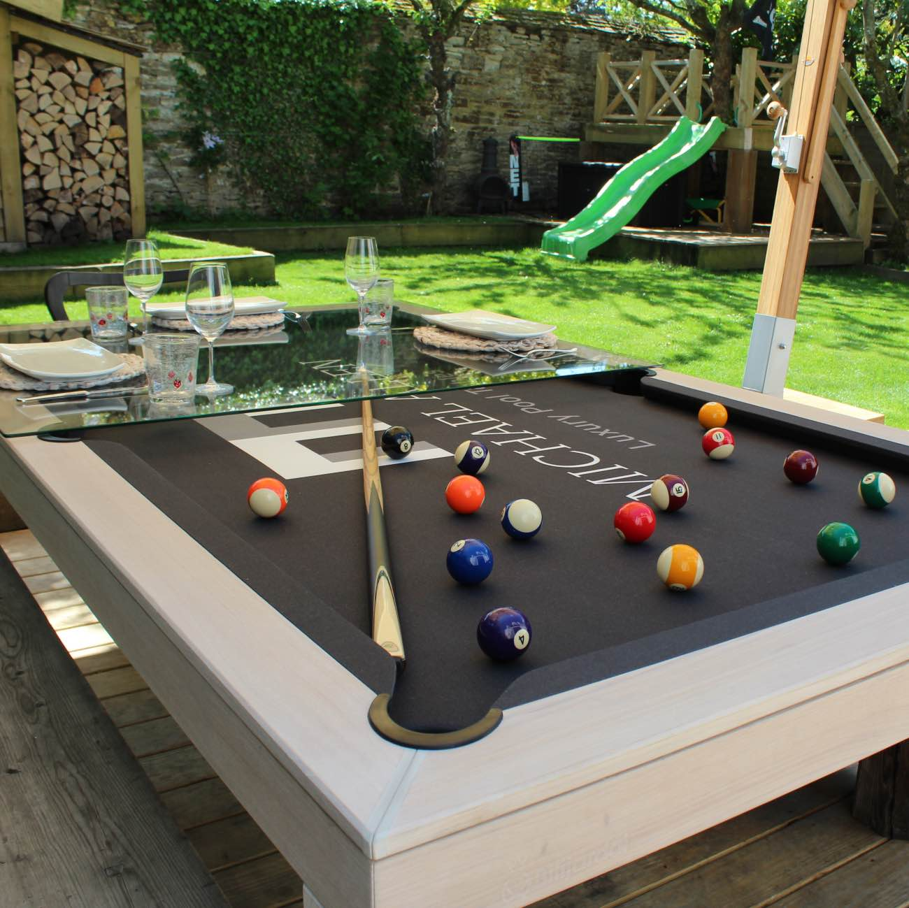 Outdoor pool table luxury outdoor living for Outdoor pool furniture