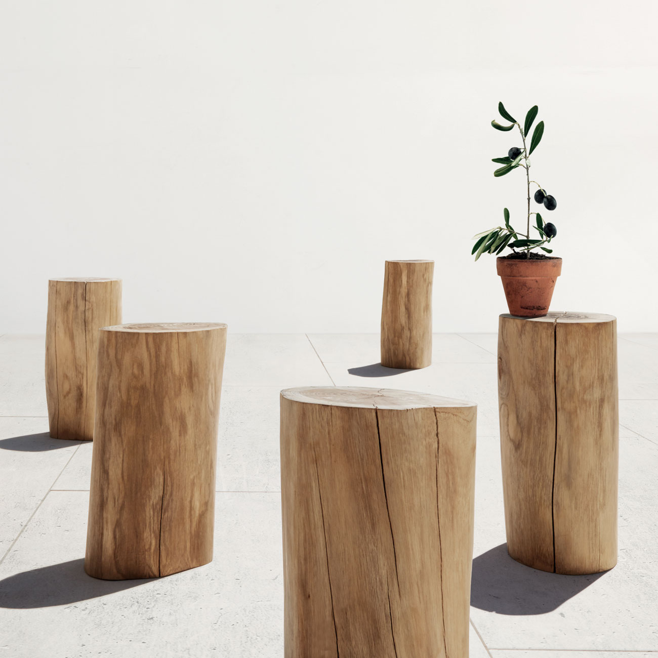 Gloster natural teak stool/side table – Luxury Outdoor Living