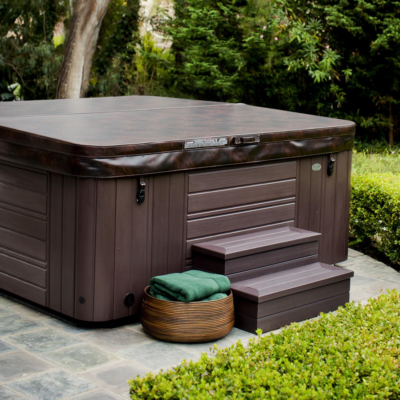Caldera Spa Makena 6 Person Luxury Outdoor Living