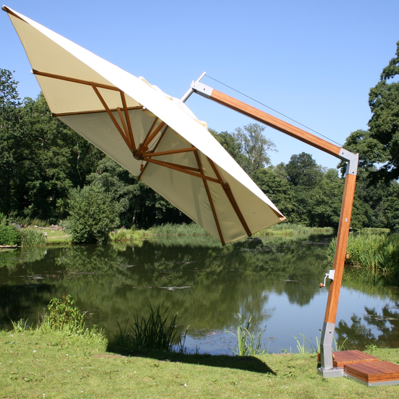 Luxury Cantilever Parasol Luxury Outdoor Living